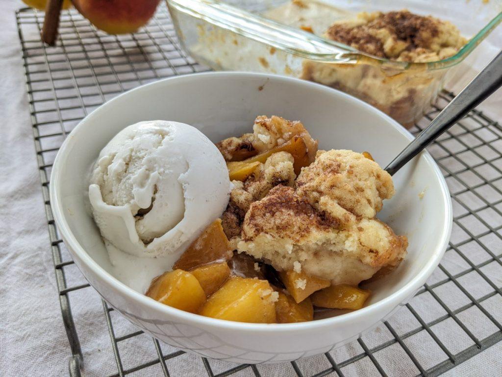 Vegan peach cobbler recipe is complete